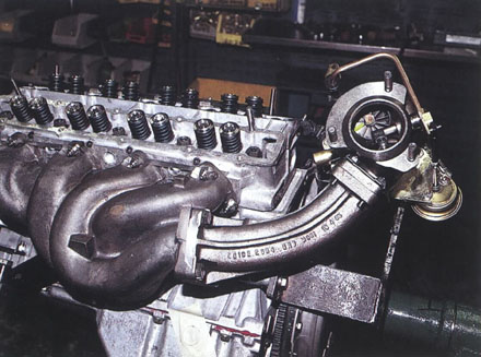 Building_Lotus_Esprit_910_Engine