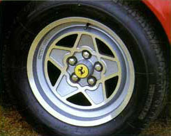 FerrarI_308_GTBiQV_Alloy_Wheel