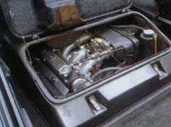Lotus_Esprit_JPS_Engine