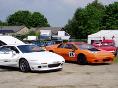 Lotus_Esprit_S350_White_Side
