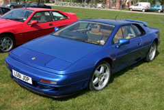 Lotus_Esprit_S4_Blue_1993