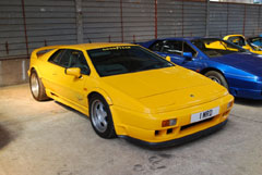Lotus_Esprit_Sports_300_Yellow