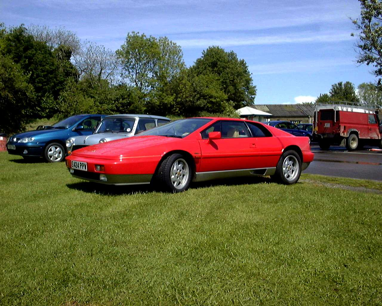 Lotus_Esprit_Turbo_1987.JPG