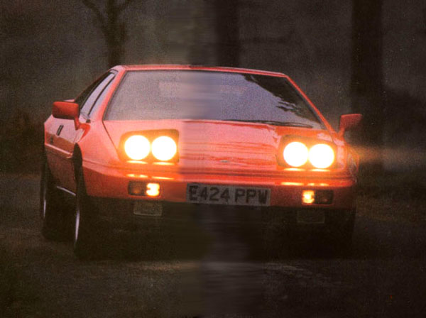 Lotus_Esprit_Turbo_Autocar_1988