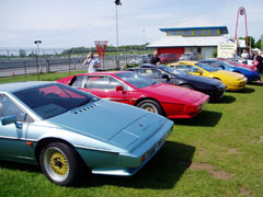 Lotus_Esprit_Turbo_Castle_Combe_2009