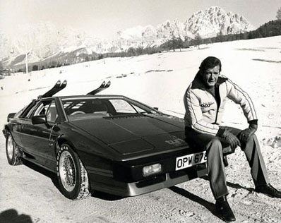 Lotus_Esprit_Turbo_James_Bond_1981