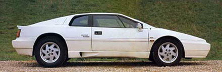 Lotus_Esprit_Turbo_Stevens_Side