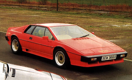 Lotus_Turbo_Esprit_1982_Red