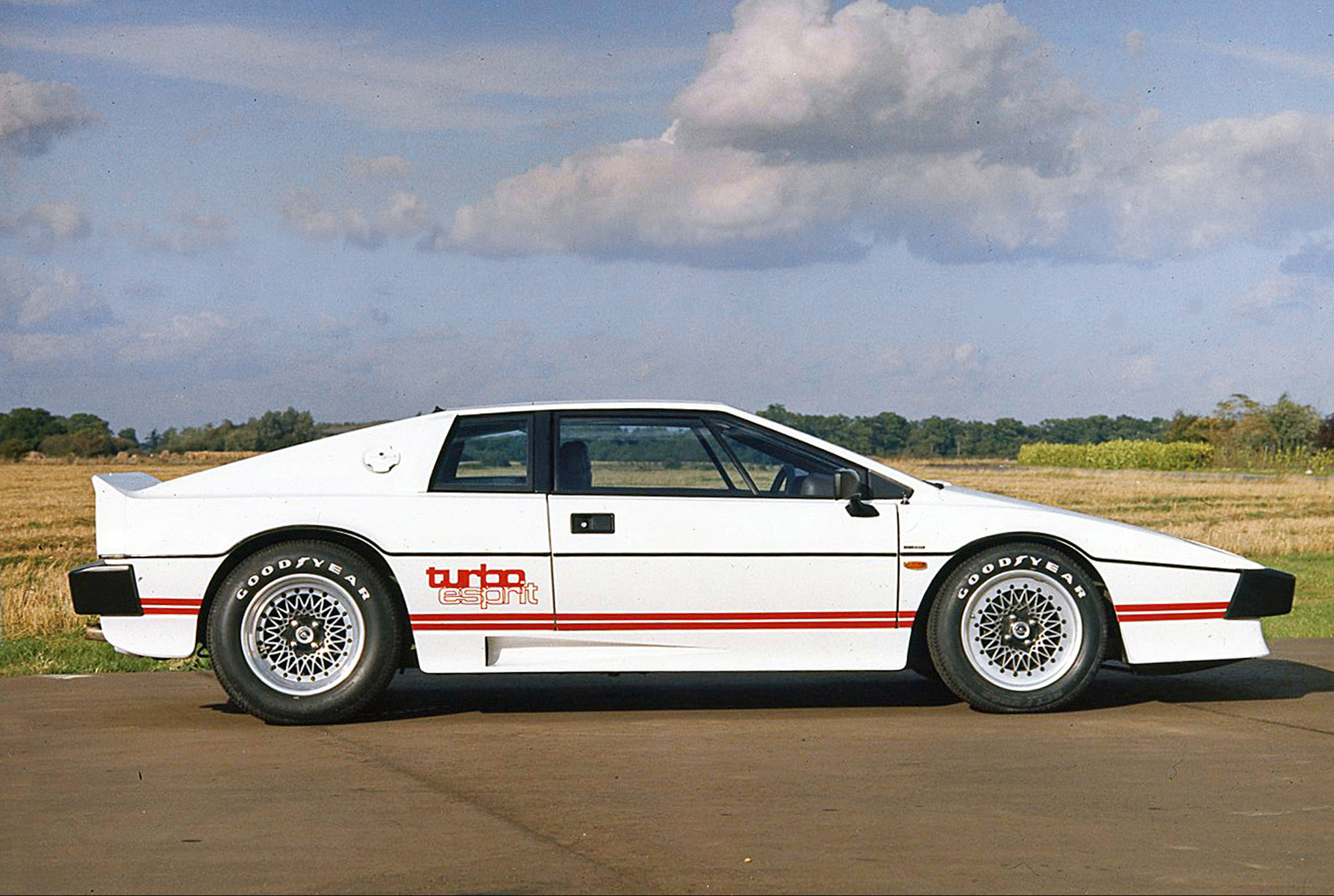 Lotus Esprit Brochure Pictures