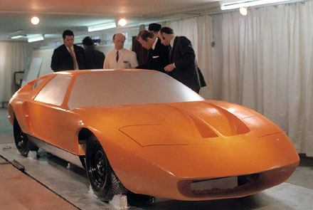 Mercedes_C111_Design_Development