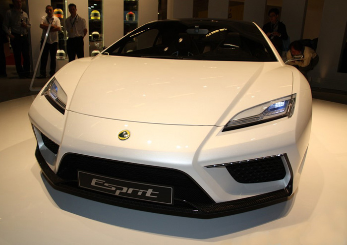 New_Lotus_Esprit_Front_2013