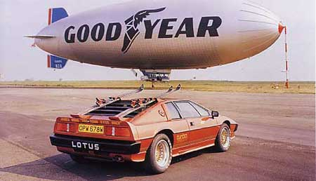 Turbo_Esprit_Goodyear